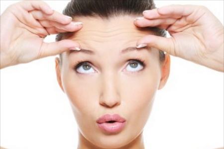 Как делают перманентный макияж бровей?